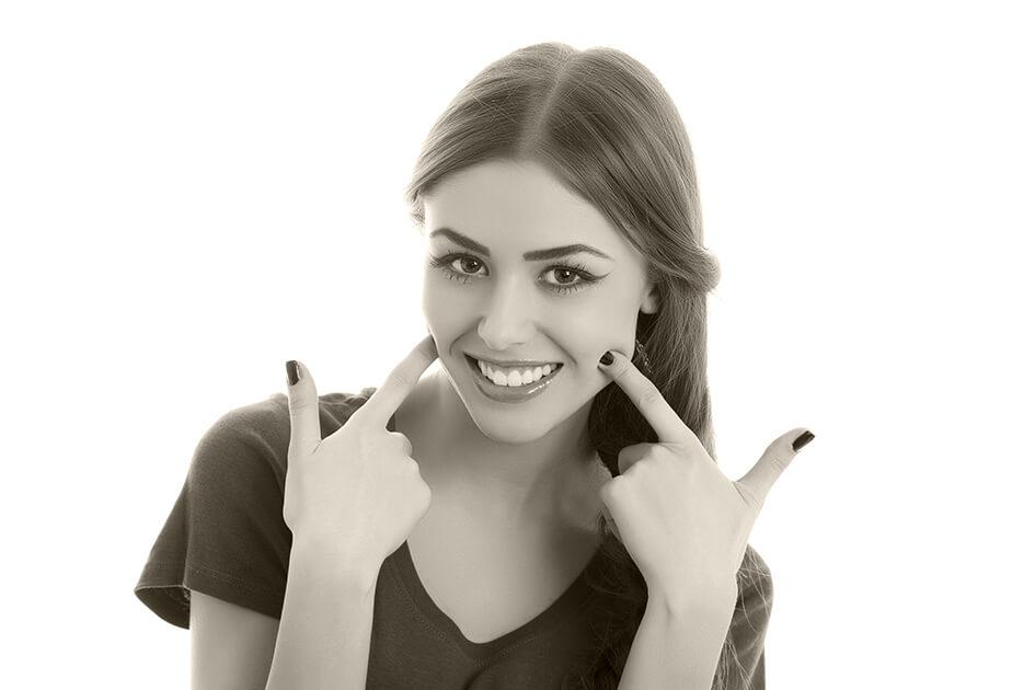 Carillas dentales Lumineers Tratamiento dental en Valencia