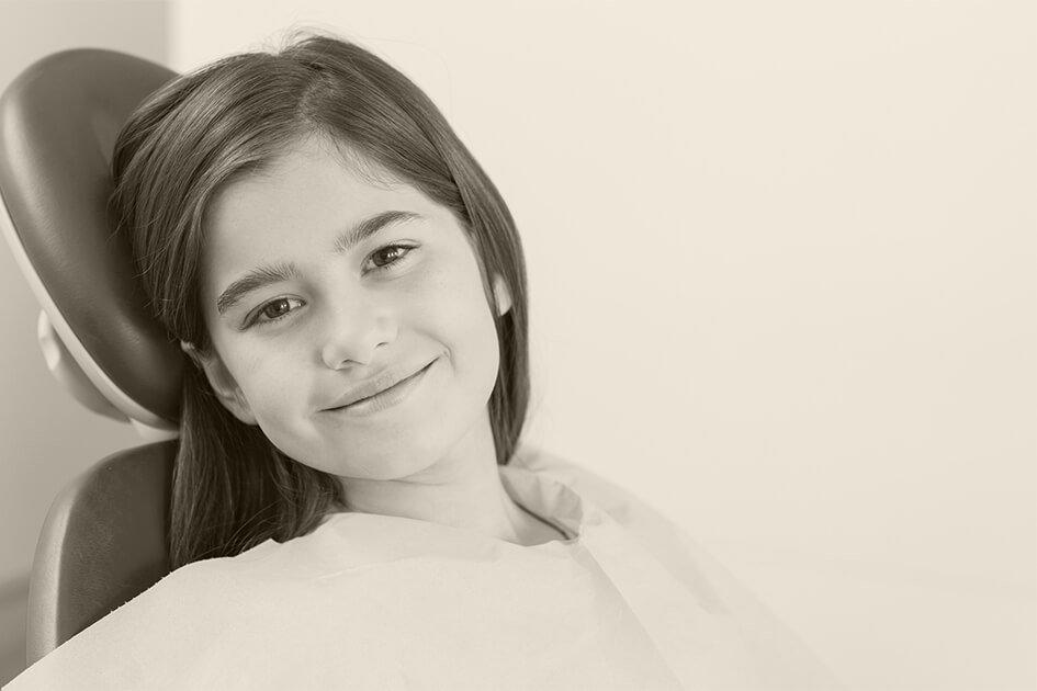 Invisalign Teen tratamiento de ortodoncia para adolescentes de 11 a 19 años de edad en Valencia